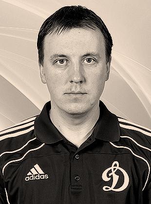 Игрок Динамо Волков Алексей